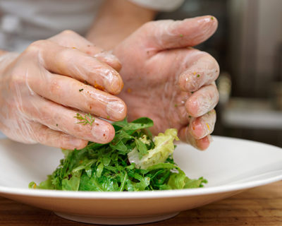 Seguridad alimentaria y manipulación de alimentos