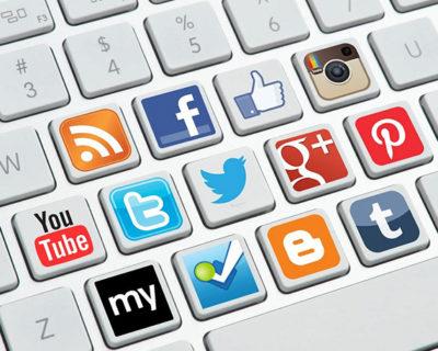 Experto en redes sociales y comunicación