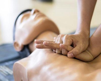 Primeros Auxilios y Reanimación Cardiopulmonar